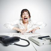 Weiblich-Sekretärin, die verrückten aus Übermüdung