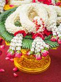 Thai Garlands