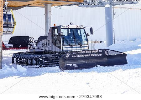 Snow Plow For Snowboarding And