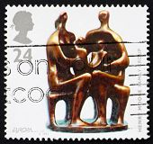 Postage stamp GB 1993 Familiy Group, Sculpture by HenryMoore