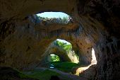 Devetashka Höhle