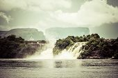 foto of canaima  - Waterfall and the lagoon of Canaima national park  - JPG