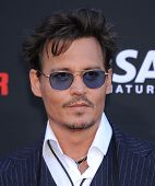 LOS ANGELES - JUN 22:  Johnny Depp arrives to the 'The Lone Ranger' Hollywood Premiere  on June 22, 2013 in Hollywood, CA