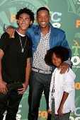 Will Smith and family  at the 2008 Teen Choice Awards. Gibson Amphitheater, Universal City, CA. 08-0