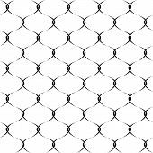 Seamless chain fence pattern