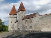 Kuldjala Torn (golden Foot Tower)