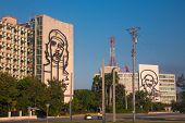 HAVANA, CUBA - FEB 6, 2011: Popular government building with Che Guevara and Camilo Cienfuegos image