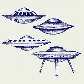 pic of flying saucer  - Space flying saucer - JPG