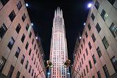 NOVA YORK CITY, NY, EUA - 30 de dezembro: Centro de Rockefeller à noite, em 30 de dezembro de 2011, a cidade de Nova York. Ele