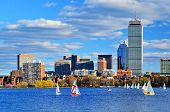 Boston, Massachusetts Skyline en el barrio de Back Bay.