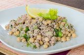 Chickpea salad with tuna, lemon and herbs