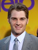 LOS ANGELES - AUG 09:  MIKE VOGEL arrives to the