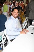LOS ANGELES - AUG 23:  Don Diamont at the Bold and Beautiful Fan Meet and Greet at the Farmers Marke