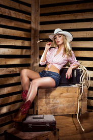 foto of cowgirl  - Young - JPG